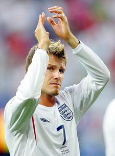 David Beckham Shoots (an invisible basketball)