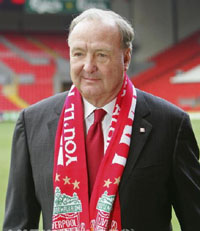 Texas Rangers Owner Tom Hicks with his Liverpool Scarf